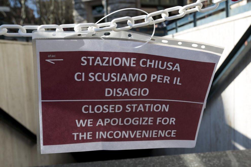 Metro Linea A: Chiusa Stazione Barberini