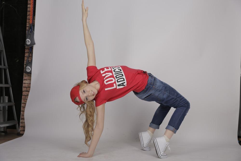 dancing-882940_1920