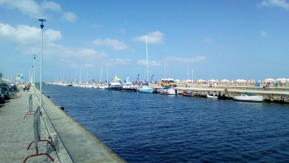port-of-viareggio-2644837_1280